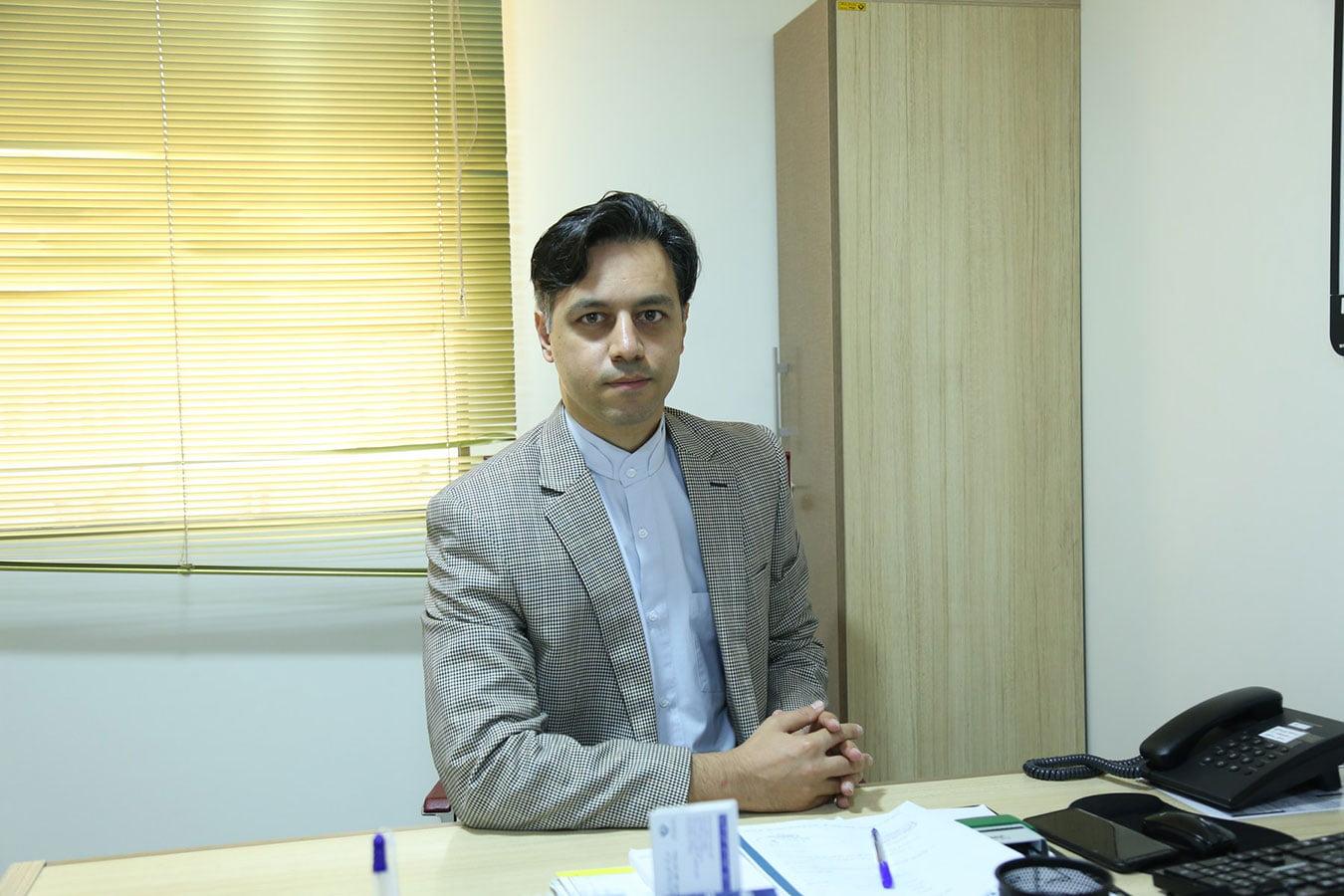 دکتر مجتبی عاملی اورولوژیست